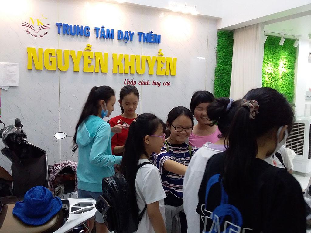 Trung tâm dạy thêm Nguyễn Khuyến